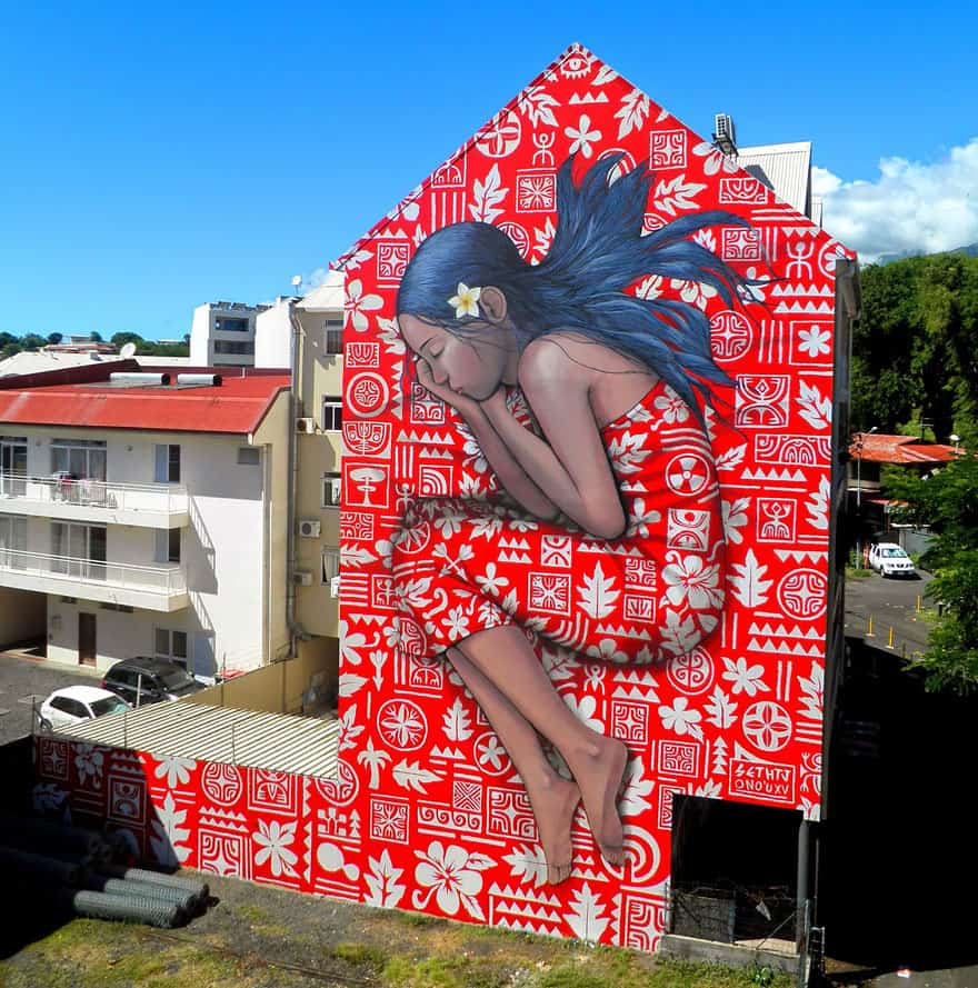 Seth GlobePainter street art in Tahiti