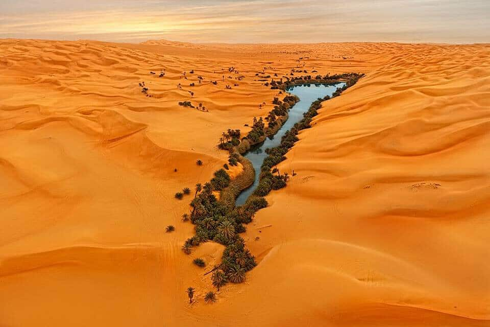 "Beautiful Libya Oum Al Ma "" the mother of the water "", south Libya"
