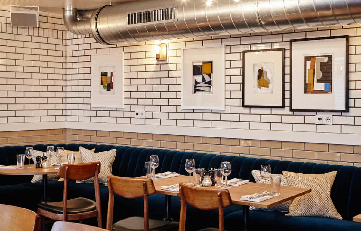 Lotti's Cafe Bar Grill in Amsterdam