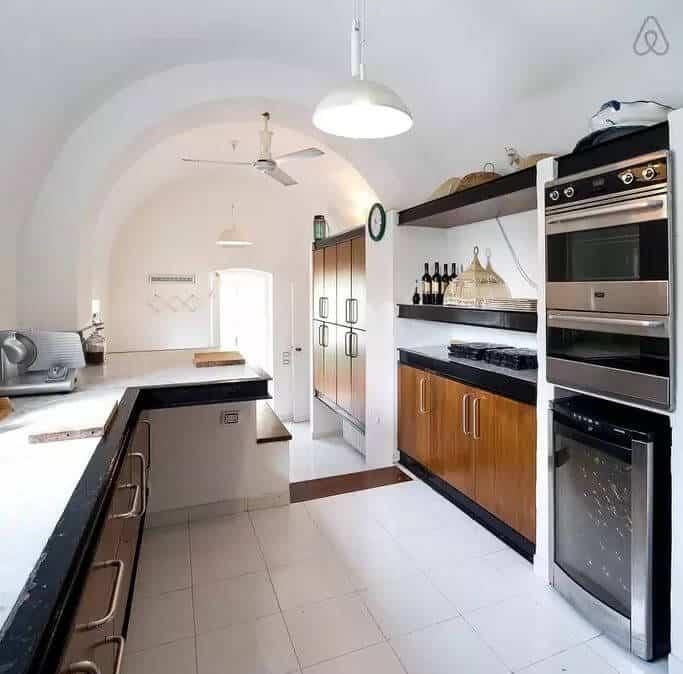 Villa Luisa indoor kitchen