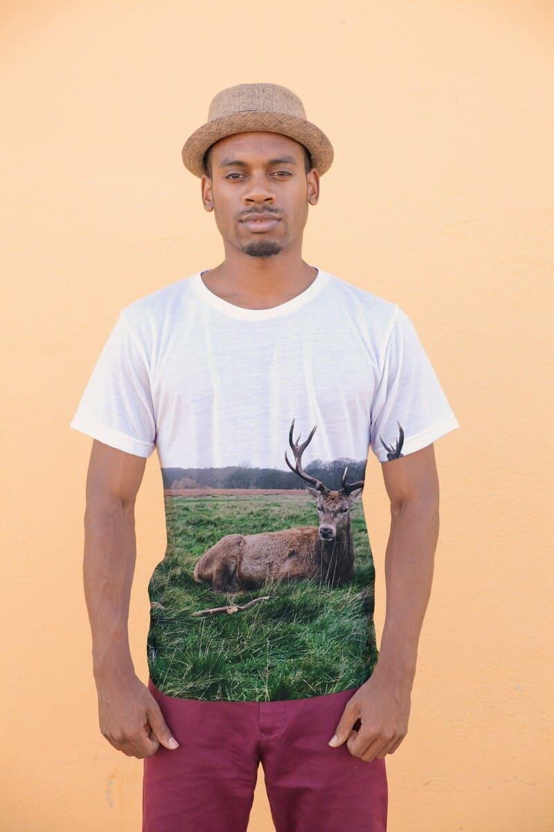 Wildlife resting Reindeer printed t-shirt