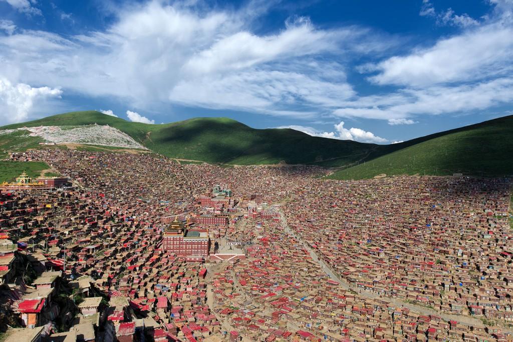 Larung Gar Buddhist Academy view from above, Easttibet