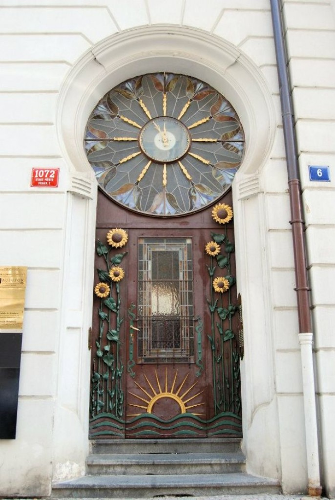 75 Most Unique Front Doors From Around The World Placeaholic
