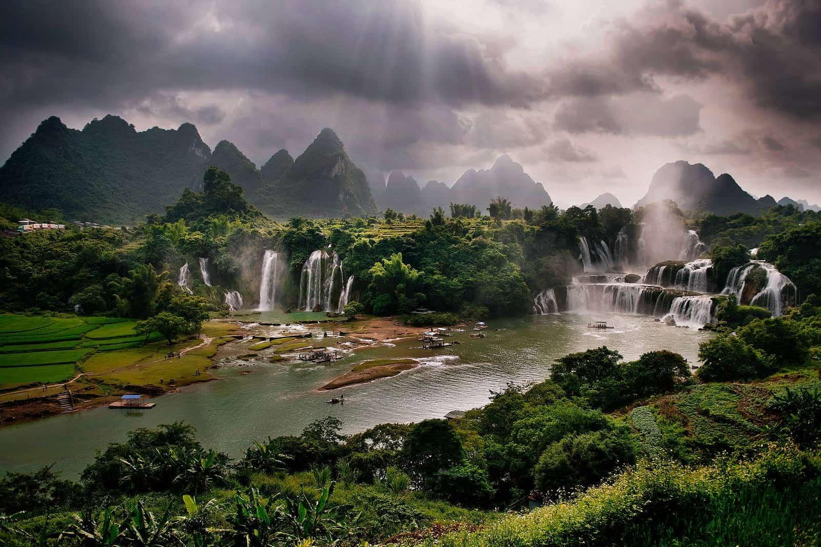 Detian Falls Photo credit Wu Sha
