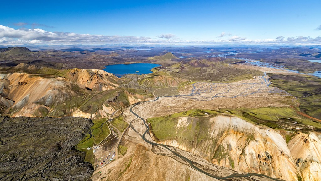 scenic-flight-over-unspoiled-natural-wonders-of-iceland-10