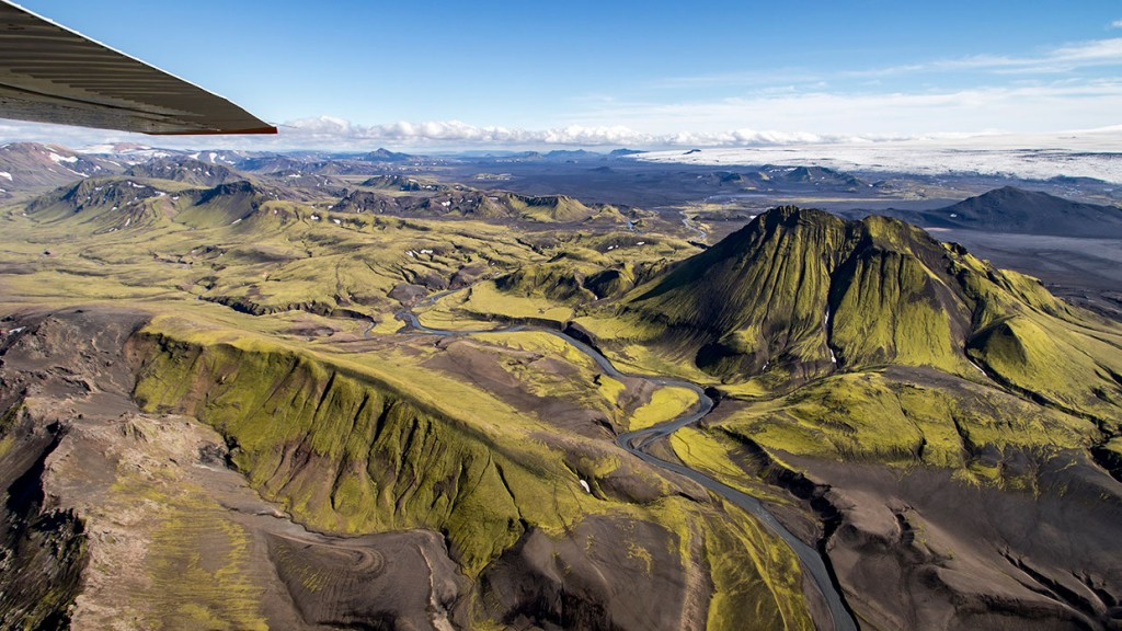 scenic-flight-over-unspoiled-natural-wonders-of-iceland-14