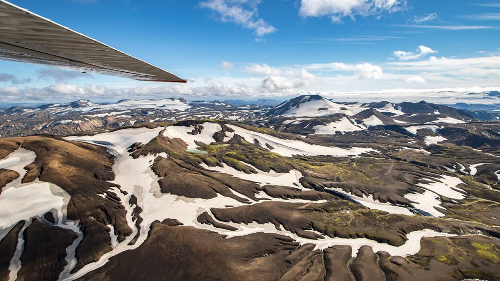 scenic-flight-over-unspoiled-natural-wonders-of-iceland-16