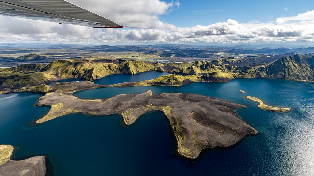 scenic-flight-over-unspoiled-natural-wonders-of-iceland-18