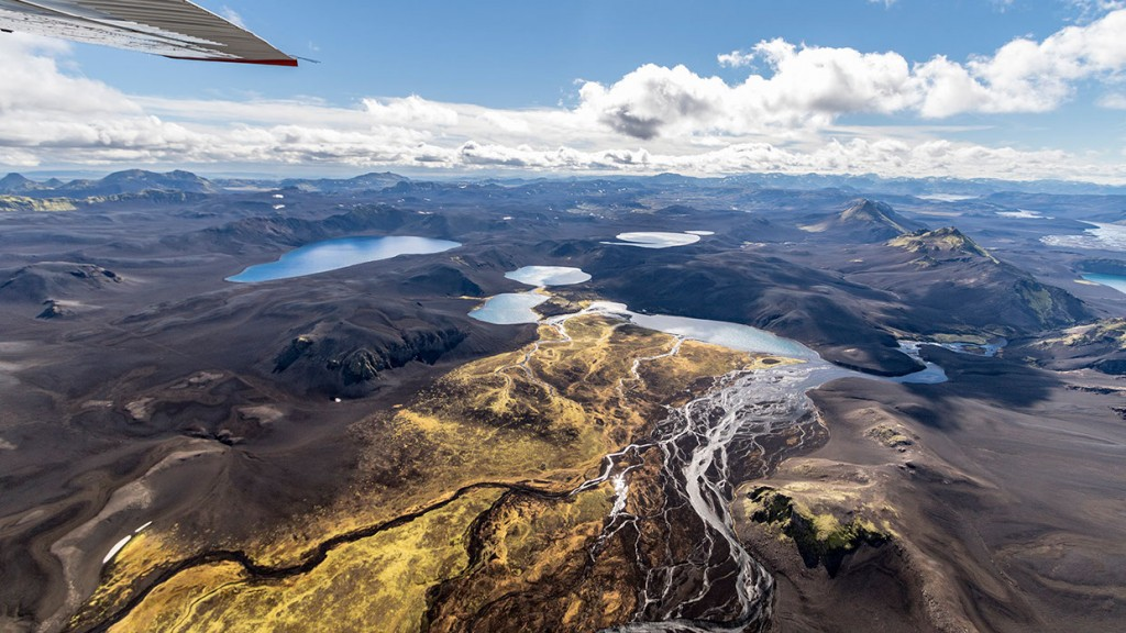 scenic-flight-over-unspoiled-natural-wonders-of-iceland-20