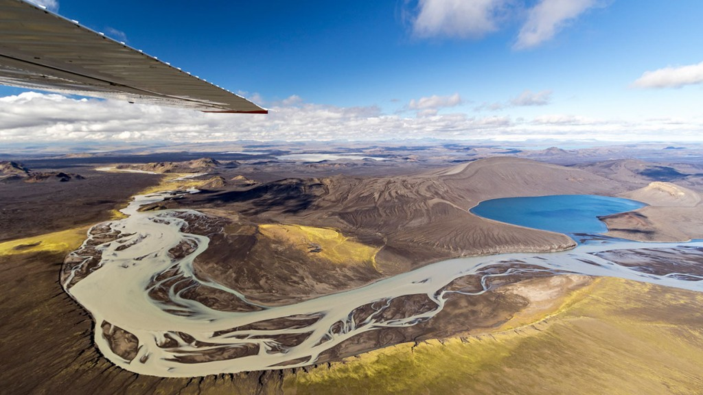 scenic-flight-over-unspoiled-natural-wonders-of-iceland-28