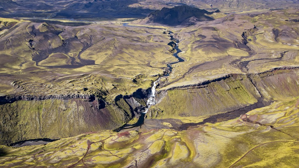 scenic-flight-over-unspoiled-natural-wonders-of-iceland-29