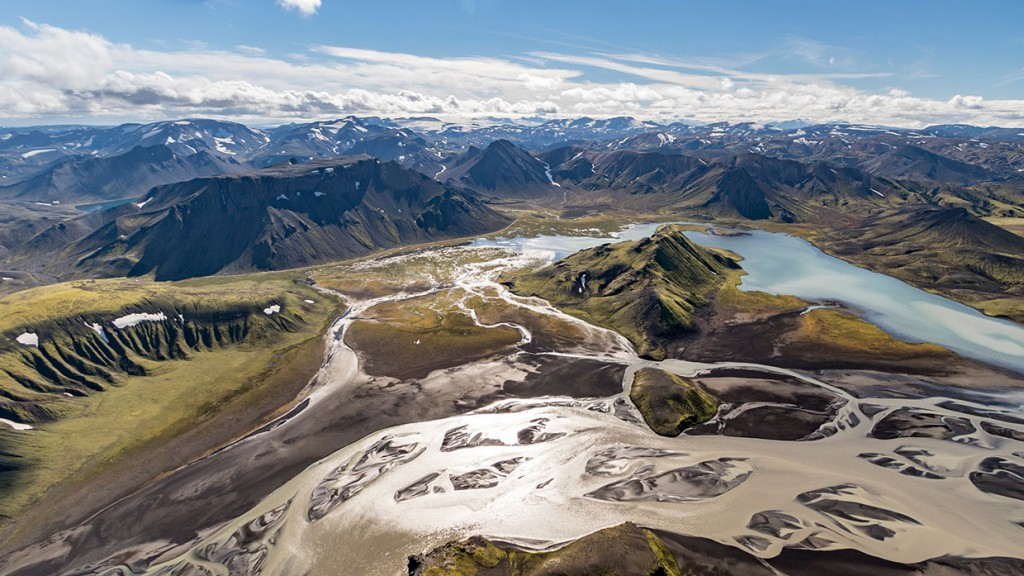 scenic-flight-over-unspoiled-natural-wonders-of-iceland-4