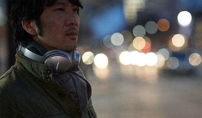 Bose QuietComfort 35 Wireless Best Travel Gadgets Headphones