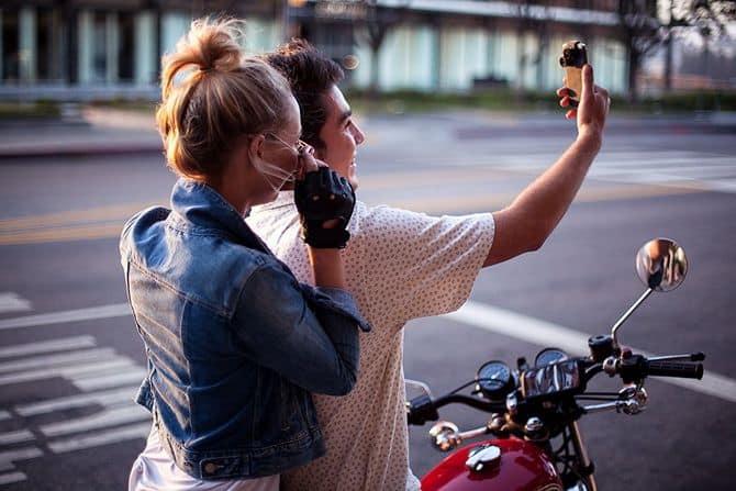 Olloclip 4-in-1 Smartphone Camera Lens