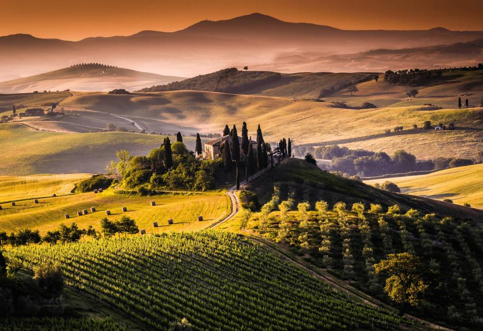 Tuscany, Italy Photo by Francesco Riccardo Iacomino 3